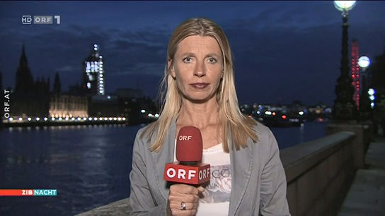 Eva Pöcksteiner aus London